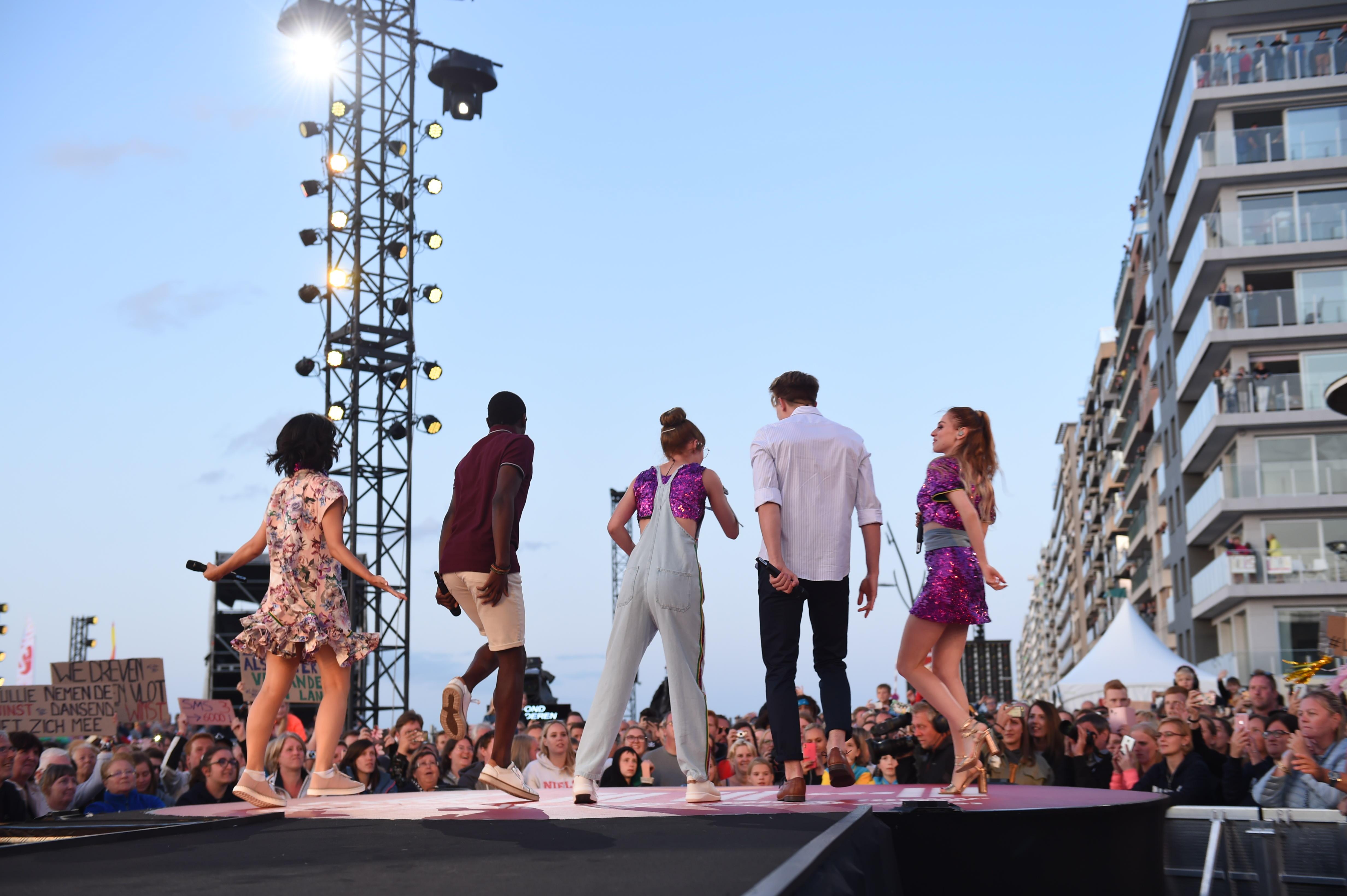 #LikeMe trad op met hun nummer 'Vlaanderen m'n land'