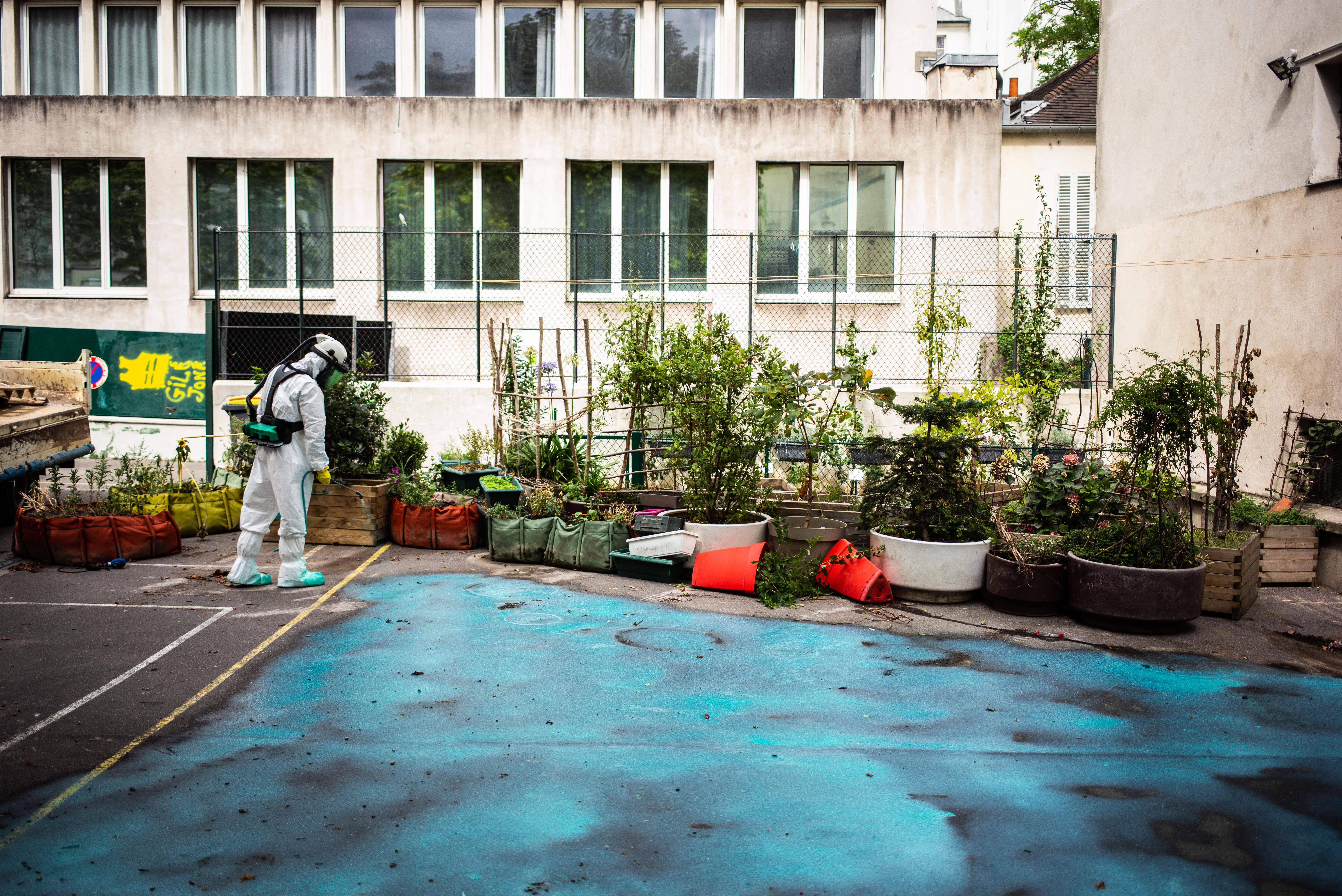 schoonmaakactie parijs