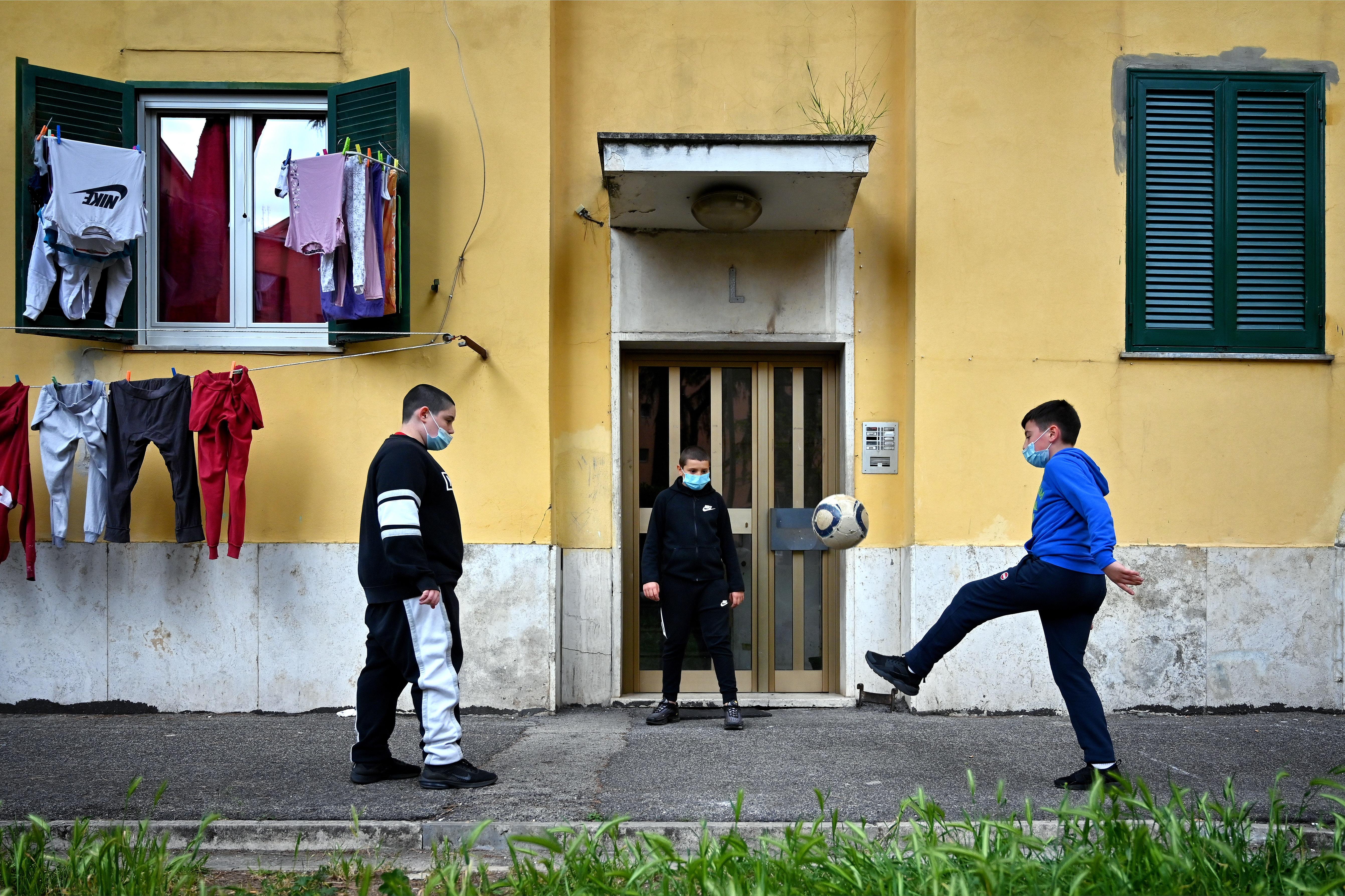 Deze Italiaanse kinderen kunnen tot september niet naar school