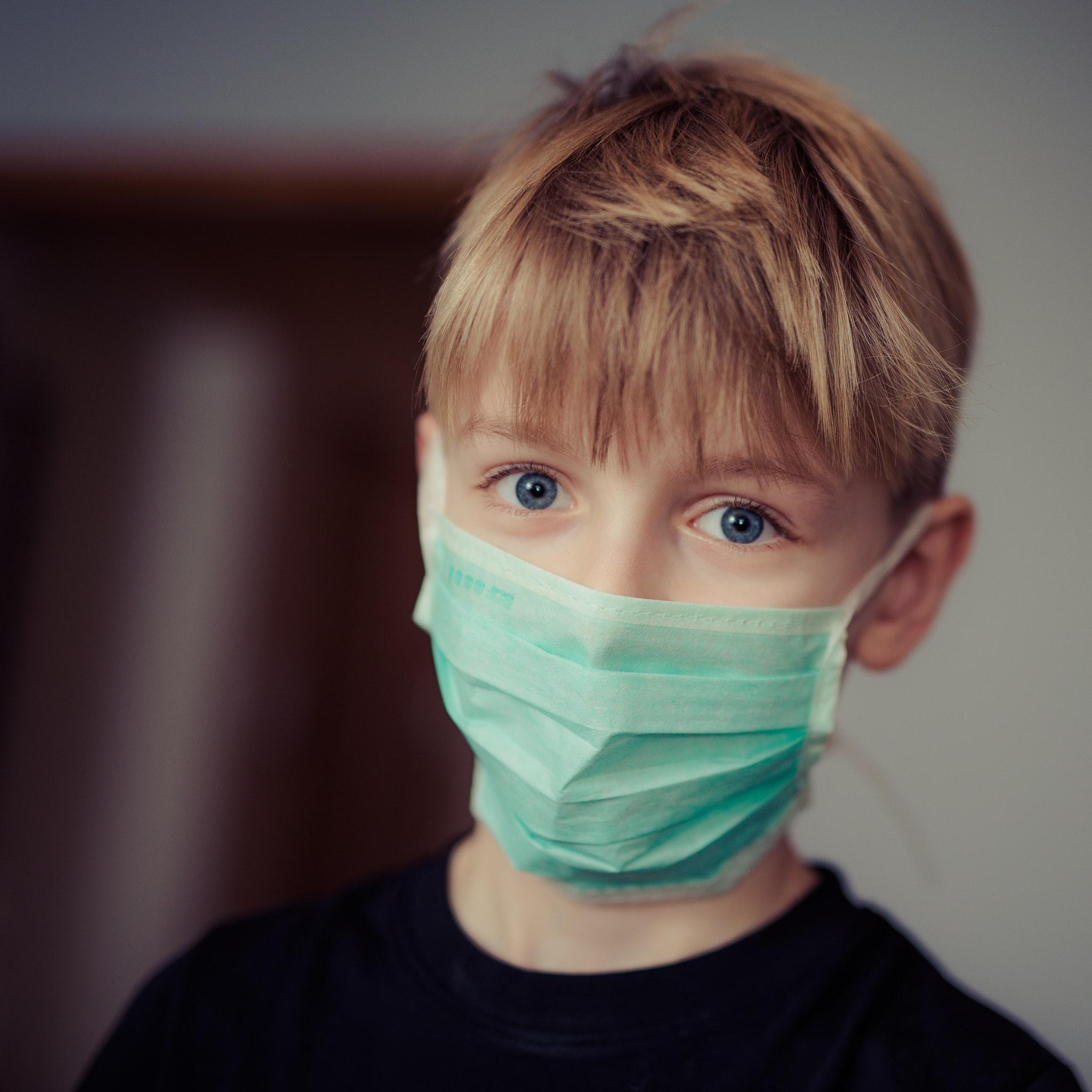 Vanaf 12 jaar dragen kinderen een mondmasker op het openbaar vervoer