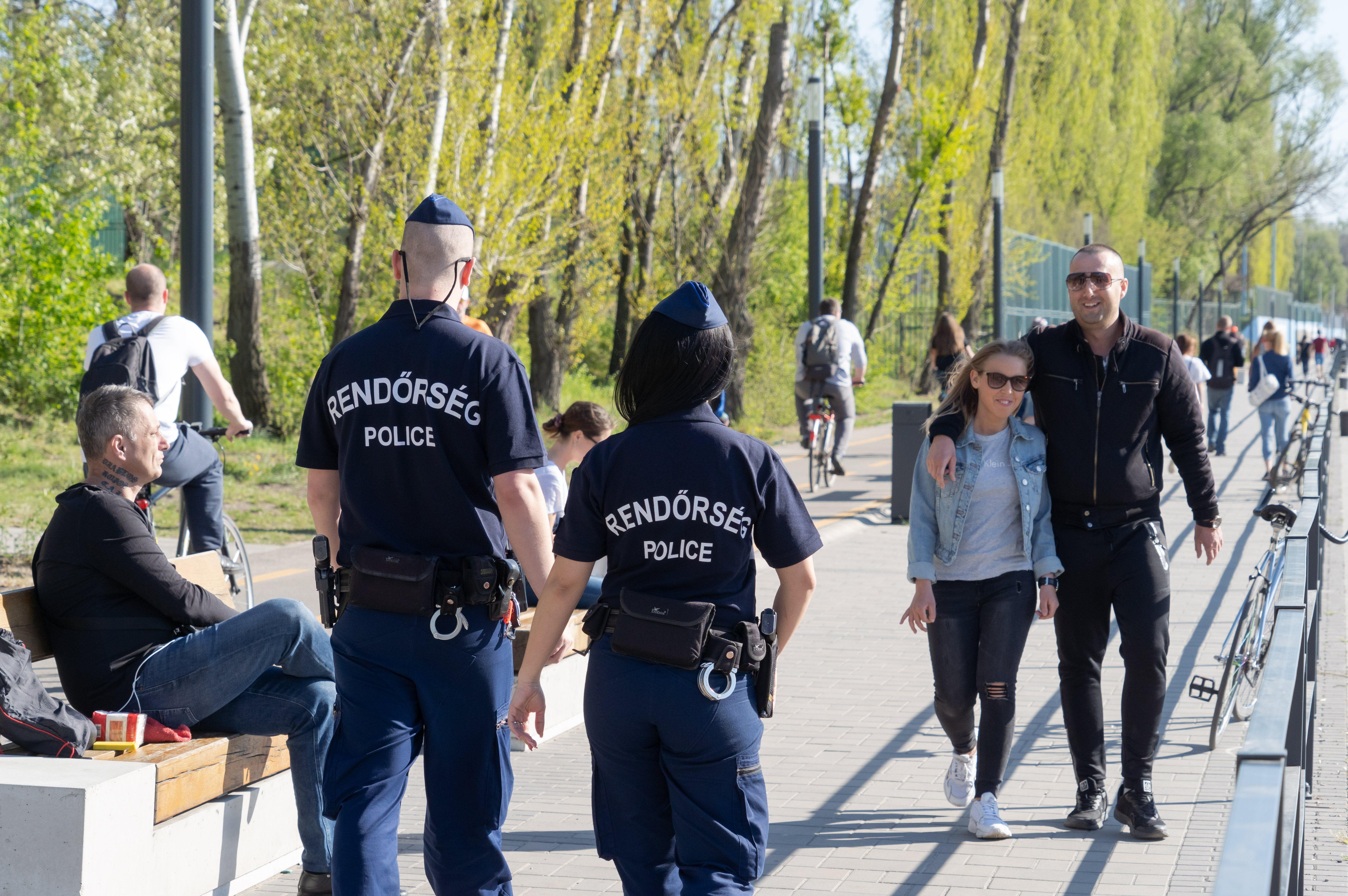 In heel Hongarije verminderen de regels, behalve in Boedapest